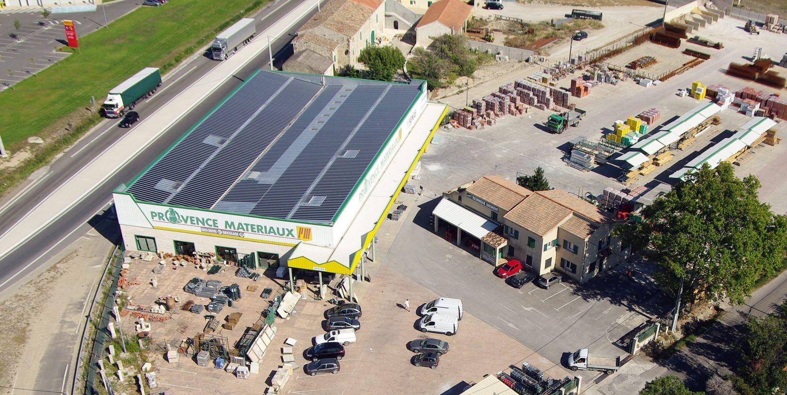 cr ation d 39 une toiture photovolta que sur provence